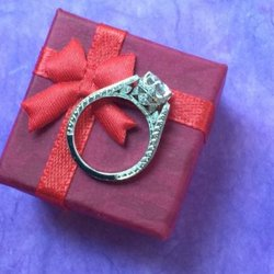 5 Creative Christmas Proposal Ideas